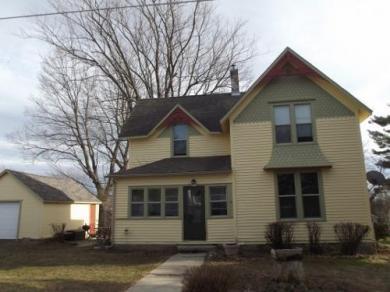 907 Wisconsin St, Cashton, WI 54619