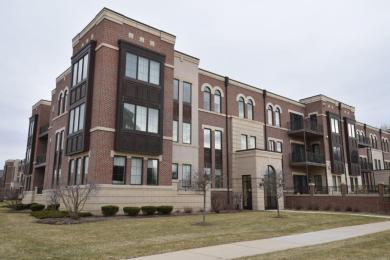 19115 Thomson Dr, Brookfield, WI 53045