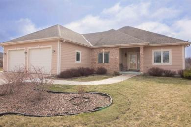 W232N7941 Nesting Ct, Sussex, WI 53089