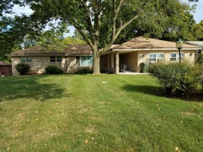 Photo of 2904 S 114th St, West Allis, WI 53227