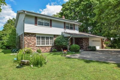 Photo of 6950 N Green Bay Ave, Glendale, WI 53209