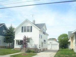 2318 12th St, Two Rivers, WI 54241