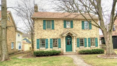 Photo of 5247 N Hollywood Ave, Whitefish Bay, WI 53217