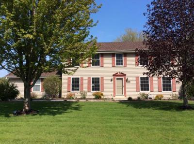 Photo of W173N10722 Willow Wood Dr, Germantown, WI 53022