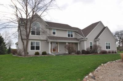 Photo of W344S8945 Whitetail Dr, Eagle, WI 53119