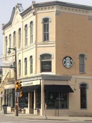 Photo of 1673 N Farwell Ave, Milwaukee, WI 53202