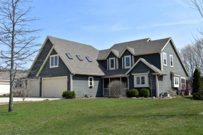 Photo of W231N7902 Martin Ct, Sussex, WI 53089