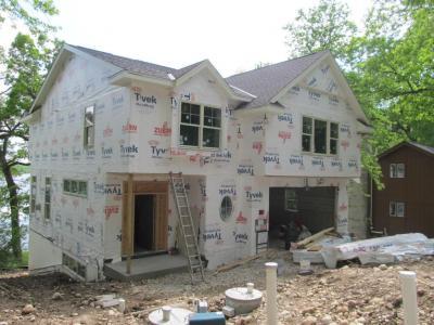 Photo of N67W33005 Oakridge Ln, Merton, WI 53029