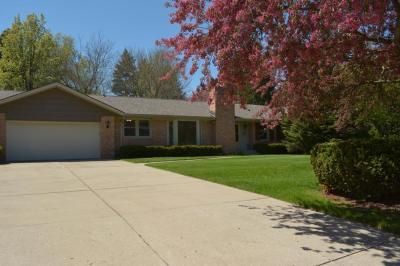 Photo of 2533 S 118th St, West Allis, WI 53227