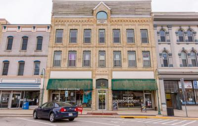 Photo of 157 W Center St, Whitewater, WI 53190