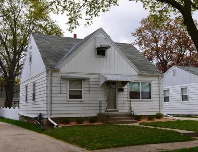 3528 N 94th St, Milwaukee, WI 53222