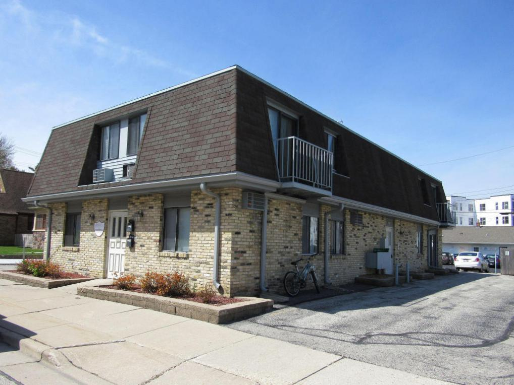 1415 12th Ave #1417, Grafton, WI 53024