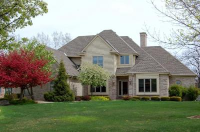Photo of 8442 S Fountain Ct, Franklin, WI 53132