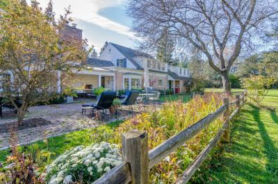 Photo of 2650 W Fairy Chasm Rd, River Hills, WI 53217