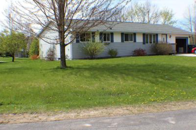 Photo of 512 Johnson Dr, Cascade, WI 53011