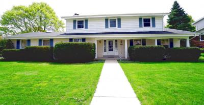 Photo of 12209 W Holt Ave, West Allis, WI 53227