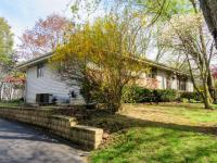 6134 N River Trail Dr, Milwaukee, WI 53225