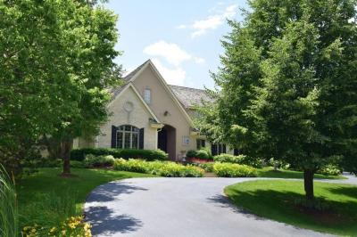 Photo of 4025 W Stonefield Rd, Mequon, WI 53092