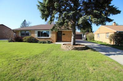 Photo of 3944 E Iona Ter, Cudahy, WI 53110