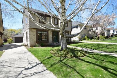 Photo of 4143 N Newhall St, Shorewood, WI 53211