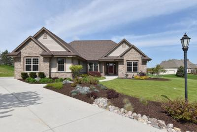 Photo of W229N3607 Sterling Ct, Pewaukee, WI 53072