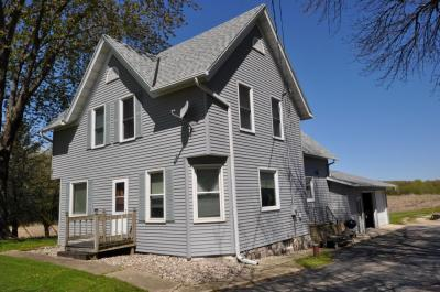 Photo of W4074 State Road 33, Hubbard, WI 53032