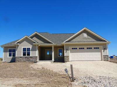 Photo of 540 Mary Way, Slinger, WI 53086