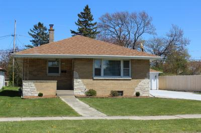 Photo of 5544 S Swift Ave, Cudahy, WI 53110