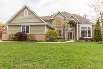 Photo of 403 Tanager Dr, Grafton, WI 53024