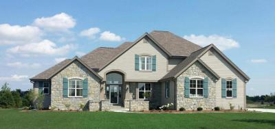 Photo of 1609 Whistling Hill Cir, Hartland, WI 53029