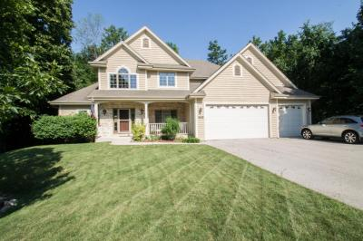 Photo of 4040 Belgrave Rd, New Berlin, WI 53151