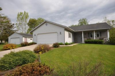 Photo of W7120 School Dr, Adell, WI 53001