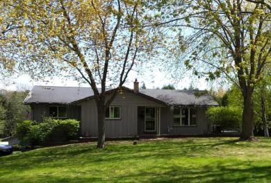 5293 Saint Augustine Ln, Richfield, WI 53027