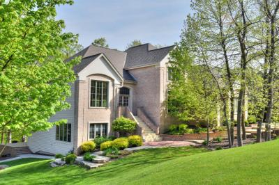 Photo of 19080 Ashbourne Ln, Brookfield, WI 53045