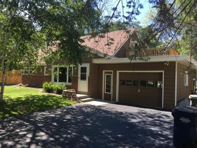S65W18680 Gem Dr, Muskego, WI 53150