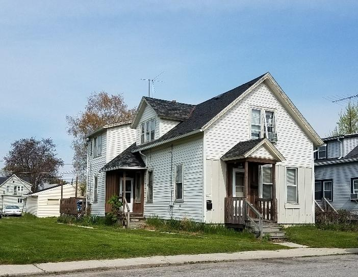 1932 S 13th St, Sheboygan, WI 53081