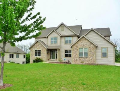 Photo of 8228 S 43rd St, Franklin, WI 53132