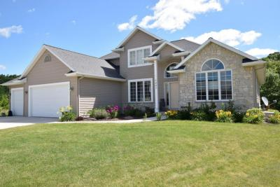 Photo of 1007 Prairie Rd, Plymouth, WI 53073