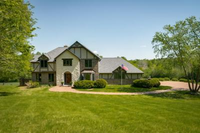 Photo of 3664 Lakeview Rd, Richfield, WI 53033