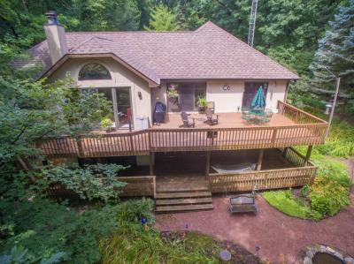 Photo of 4560 Hewitts Point Rd, Oconomowoc Lake, WI 53066