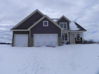 Photo of 2007 Falls Rd, Grafton, WI 53024