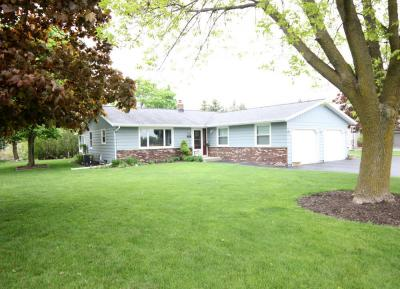 Photo of 612 N Wisconsin Dr, Howards Grove, WI 53083