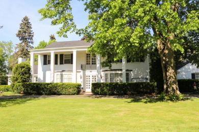 1625 Lindhurst Dr, Elm Grove, WI 53122