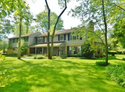 Photo of 1180 E Bywater Ln, Fox Point, WI 53217