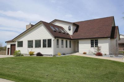 Photo of 10051 S 11th Ave, Oak Creek, WI 53154