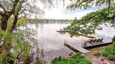 Photo of 6925 Wildwood Point Rd, Chenequa, WI 53029