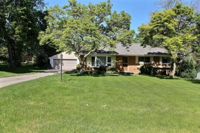 Photo of 985 Webster Ave, Brookfield, WI 53005