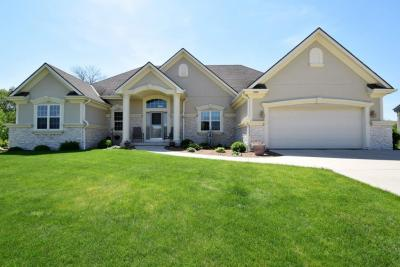 Photo of 4285 W Forest Hill Ave, Franklin, WI 53132
