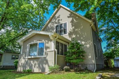 Photo of 2125 S 83rd St, West Allis, WI 53219