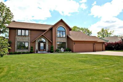 Photo of 3958 S 97th St, Greenfield, WI 53228